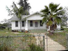 402 W Viggie St, Hebbronville, TX 78361