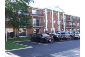 6115 W 94th St Apt A5, Oak Lawn, IL 60453