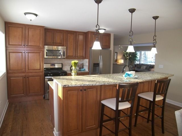 331 s evanston ave arlington heights il 60004 for Kitchen cabinets 60004