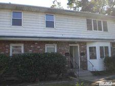 38 Washington Ave, Wyandanch, NY 11798