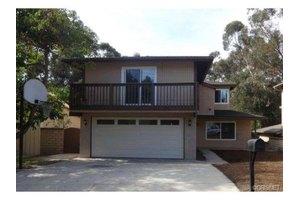 8755 Yates St, Sunland, CA 91040