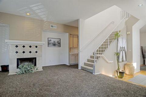 2023 Thomas Ave Unit 2, San Diego, CA 92109
