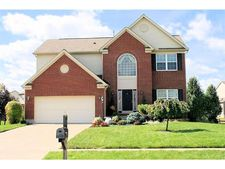 8437 Sea Mist Ct, West Chester, OH 45069