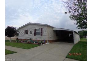 131 Ceasers Cir, Amherst, OH 44001