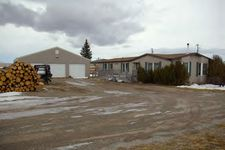517 3rd St S, Stanford, MT 59479