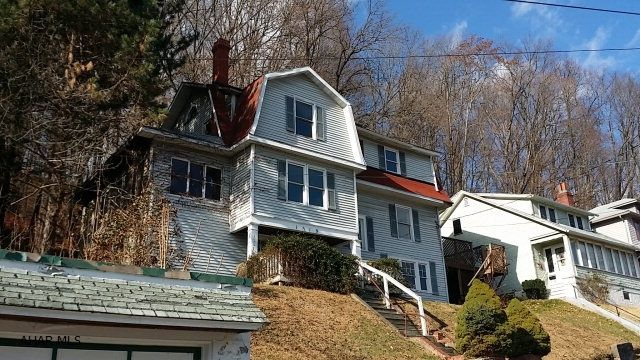 Homes For Sale In Tyrone Pa Area