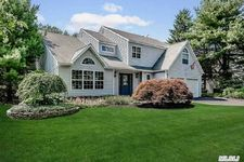 37 Mildred Ct, Nesconset, NY 11767