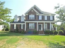 6712 Old Persimmon Dr, Mint Hill, NC 28227