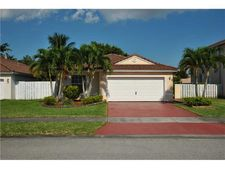 339 Sw 195th Ave, Pembroke Pines, FL 33029