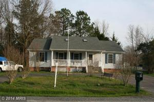 106 Meadow Ave, Colonial Beach, VA 22443