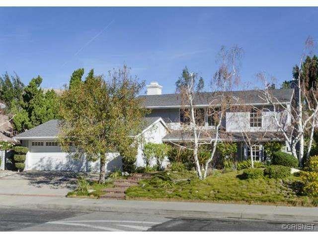 19455 Pine Valley Ave, Northridge, CA 91326