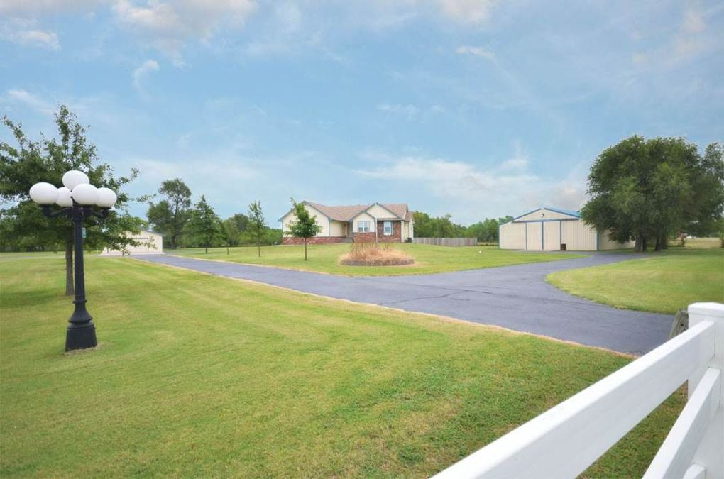 1037 W 79th St S Haysville Ks 67060