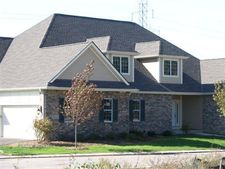 S95w13391 St Andrews Dr # A, Muskego, WI 53150