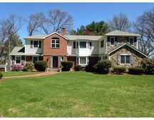 7 Benjamin Rd, Lexington, MA 02421