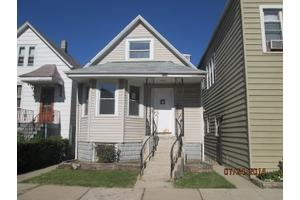 2446 N Lotus Ave, Chicago, IL 60639