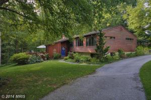 11121 Old Carriage Rd, Glen Arm, MD 21057