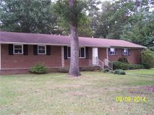 501 White Oak Ln, Matthews, NC 28104