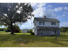 2249 Hosier Rd, Suffolk, VA 23434