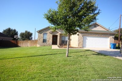 106 crestway floresville tx 78114 home for sale and real estate listing