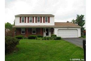 5463 Topsfield Ln, Clay, NY 13041
