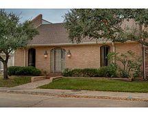 811 Dogwood Ln, Bryan, TX 77802