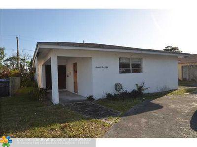 7550 Johnson St, Pembroke Pines, FL