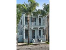 2523 Burgundy St, New Orleans, LA 70117