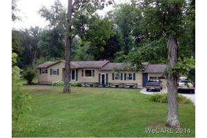 4981 Zurmehly Rd, Lima, OH 45806