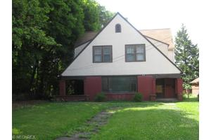 425 Fairgreen Ave, Youngstown, OH 44504