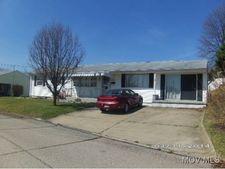 3507 Emerson Ct, Parkersburg, WV 26104