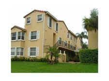 1010 Lake Shore Dr Apt 202, Lake Park, FL 33403