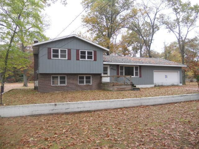 1540 Chatterson Rd, Muskegon, MI