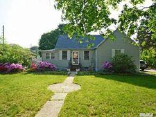 1798 Heckscher Ave, Bay Shore, NY 11706