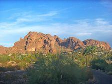4035 E Mcdonald Dr, Phoenix, AZ 85018