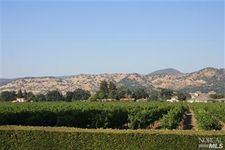120 Vineyard Cir, Yountville, CA 94599