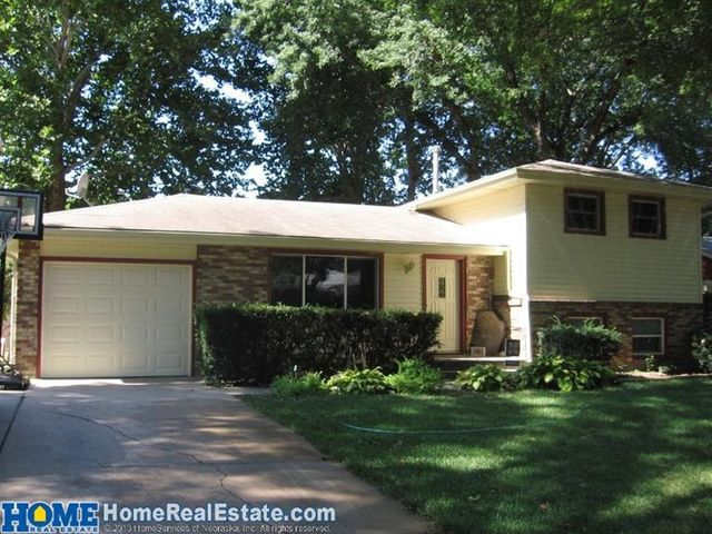 221 wedgewood dr lincoln ne 68510 home for sale and real estate