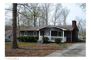 805 Robin Ln, Archdale, NC 27263
