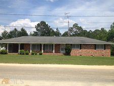 71 Jackson Ave, Helena, GA 31037