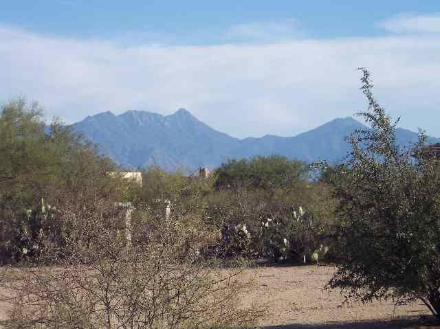 1730 W Placita De La Escalera, Sahuarita, AZ 85629