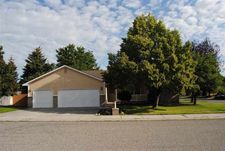 2367 Sherwood Dr, Twin Falls, ID 83301