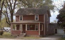 705 E 2nd St, Reynolds, IN 47980