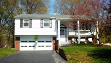 24 Maplevale Dr, Yardley, PA 19067