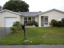 7233 Pine Forest Cir, Lake Worth, FL 33467