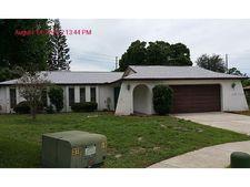 200 Leafwood Rd, Tarpon Springs, FL 34689