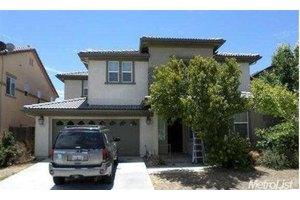 2329 N Rock Creek Dr, Los Banos, CA 93635