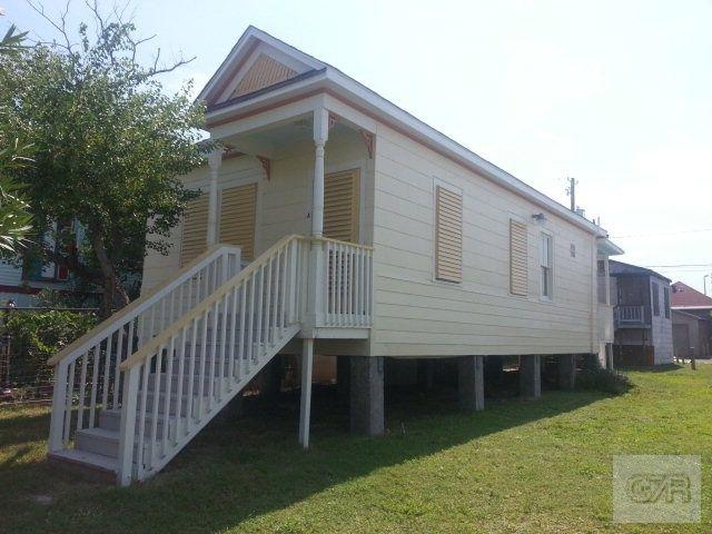 Home For Rent 1907 Avenue O 1 2 Apt A Galveston Tx