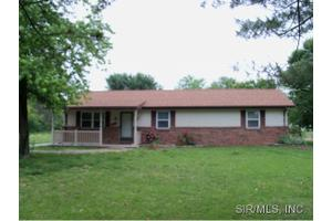 1518 State St, East Carondelet, IL 62240