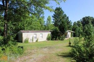 424 Banning Rd, Whitesburg, GA 30185