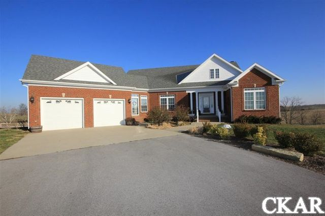 3557 White Lick Rd, Paint Lick, KY