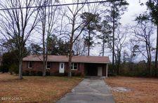 562 Bannermans Mill Rd, Richlands, NC 28574